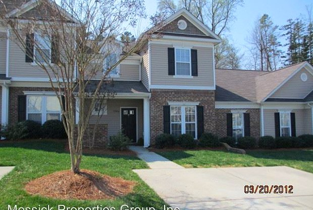 5964 Fox Ridge Lane - 5964 Fox Ridge Lane, Winston-Salem, NC 27104