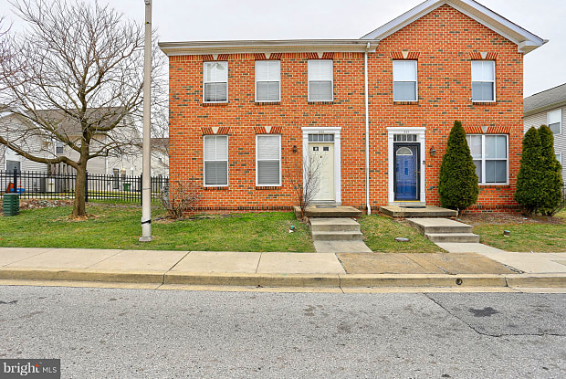 643 W HOFFMAN STREET - 643 West Hoffman Street, Baltimore, MD 21201