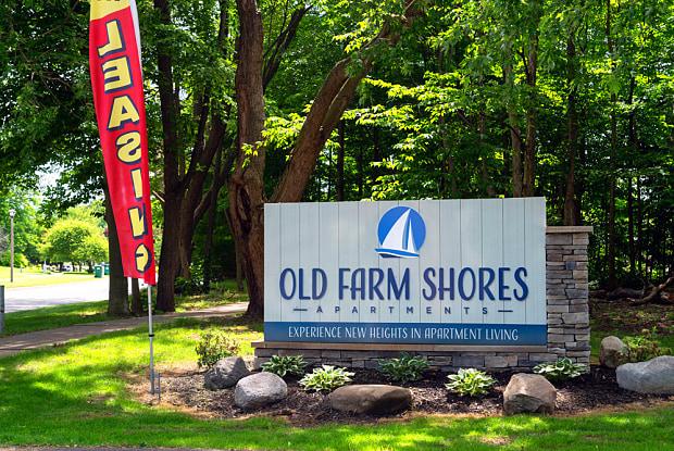 Old Farm Shores - 2122 Sandy Shore Dr SE, Kentwood, MI 49508