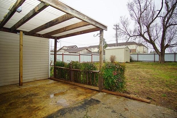 5901 S Frances Ave - 5901 South Francis Avenue, Oklahoma City, OK 73109