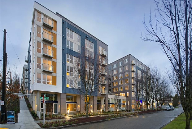 Broadstone Sky - 4745 40th Ave SW, Seattle, WA 98116