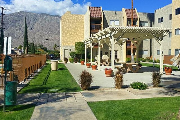 Marquee Apartments - 311 S Sunrise Way, Palm Springs, CA 92262