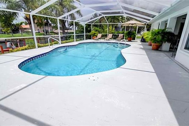 4010 SW 19th PL - 4010 Southwest 19th Place, Cape Coral, FL 33914