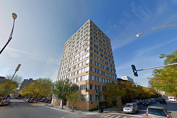 Clarendon Shores - 4750 N Clarendon Ave, Chicago, IL 60640
