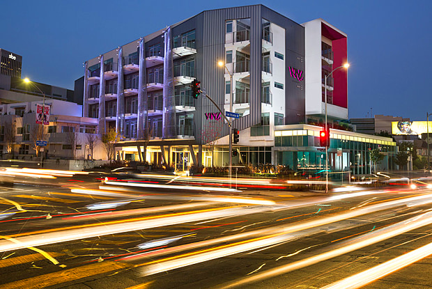 Vinz on Fairfax - 950 S Fairfax Ave, Los Angeles, CA 90036