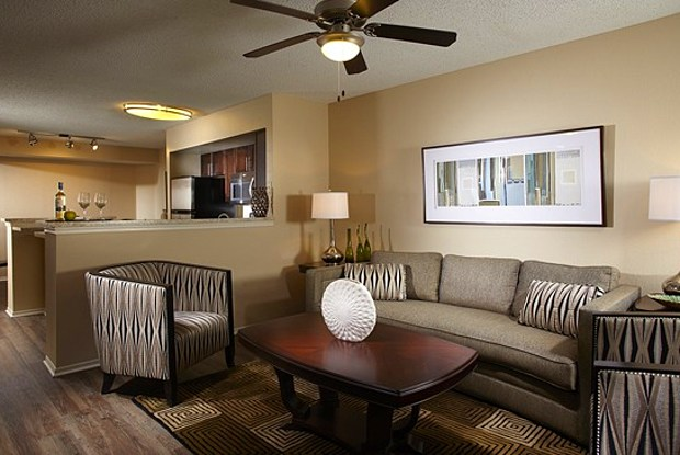 Camden Doral Villas - 4600 NW 114th Ave, Doral, FL 33178