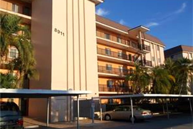 8911 Midnight Pass Rd Apt 311 - 8911 Midnight Pass Road, Sarasota County, FL 34242