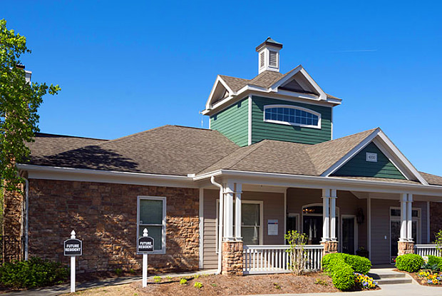 Landmark at Grand Oasis - 4000 McGinnis Ferry Rd, Suwanee, GA 30024