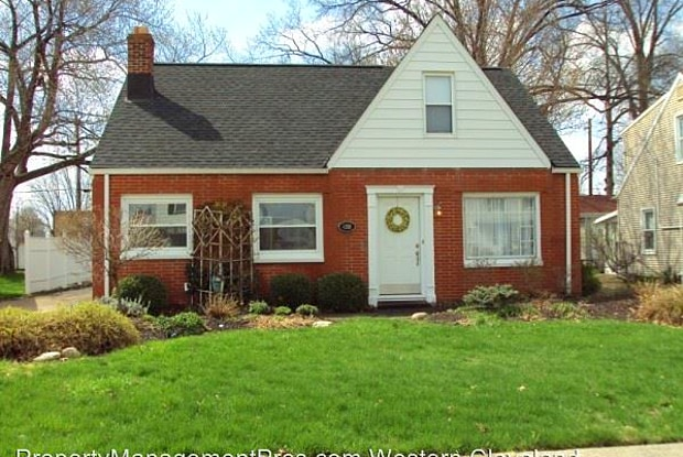 4301 Kenmore Avenue - 4301 Kenmore Avenue, Parma, OH 44134