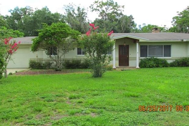 15308 Lake Magdalene Blvd - 15308 Lake Magdalene Boulevard, Lake Magdalene, FL 33618