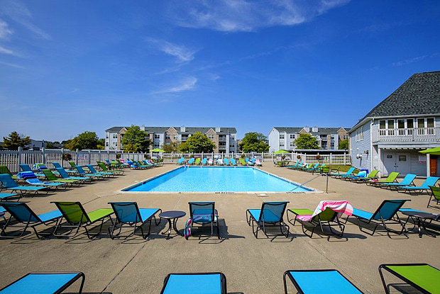 Central Park Apartments - 5205 Madison Ave, Okemos, MI 48864