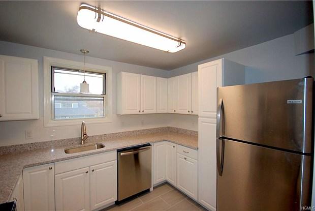 96 Chatsworth Avenue - 96 Chatsworth Avenue, Larchmont, NY 10538