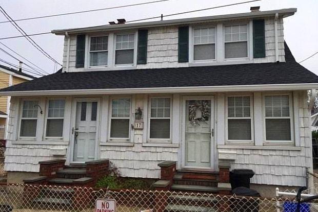 17 Shore Ave - 17 Shore Avenue, Bayville, NY 11709