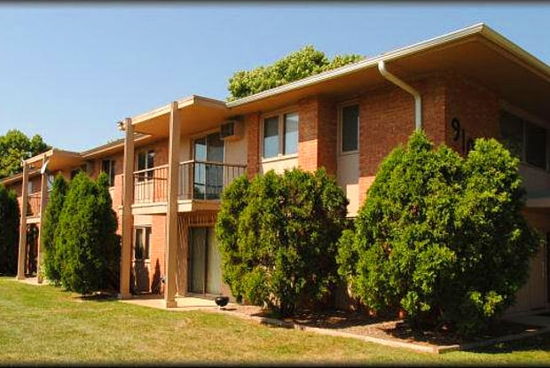 Cedar Glen Apartments - 9100 Old Cedar Ave S, Bloomington, MN 55425