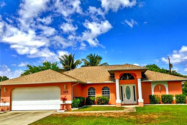 1119 SE 34th ST - 1119 Southeast 34th Street, Cape Coral, FL 33904