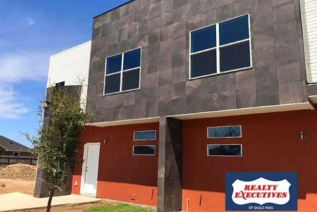 2235 BASSWOOD ST #10 - 2235 Basswood St, Eagle Pass, TX 78852