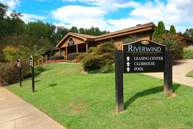 Riverwind - 200 Heywood Ave, Clifton, SC 29307