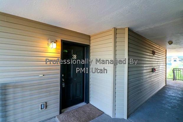 1938 N Crest Rd - 1938 N Crest Rd, Saratoga Springs, UT 84045