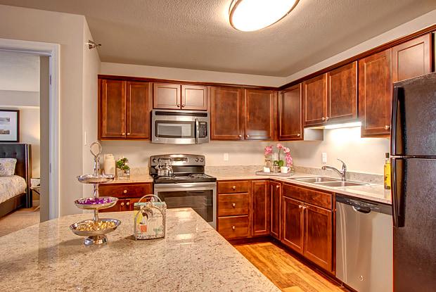 The Fairways Apartments At Edinburgh - 8617 Edinbrook Xing, Brooklyn Park, MN 55443