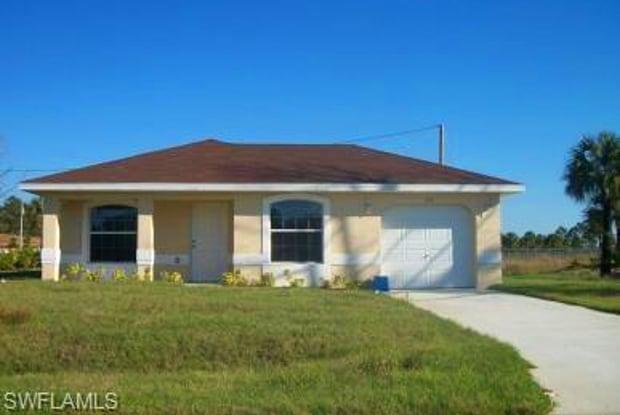 206 W 8th ST - 206 West 8th Street, Lehigh Acres, FL 33972