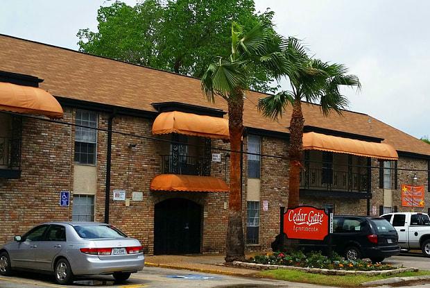Cedar Gate - 1325 Cedar Post Ln, Houston, TX 77055