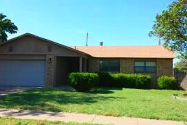 104 Dennis Pl. - 104 Dennis Place, Clovis, NM 88101