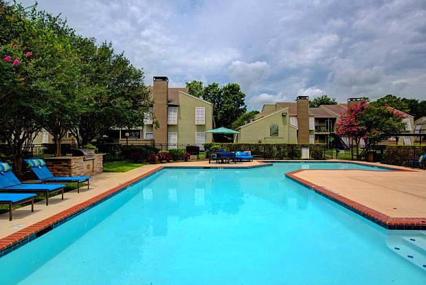 Preserve Piney Point - 8740 Westheimer Rd, Houston, TX 77063