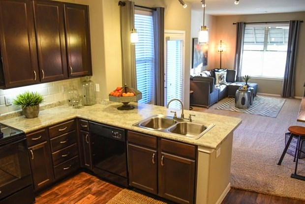 Raleigh House Apartments - 4450 S Ridge Rd, McKinney, TX 75070