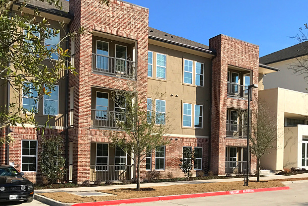 The Bridge at Heritage Creekside - 1550 W Plano Pkwy, Plano, TX 75075