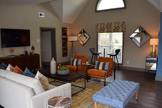 Decatur Flats - 3145 Misty Creek Dr, Scottdale, GA 30033