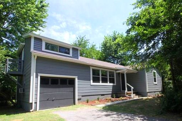 1134 Maxwell DR - 1134 North Maxwell Drive, Fayetteville, AR 72703