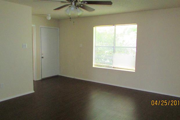 2905 Thoroughbred Drive - 2905 Thoroughbred Drive, Killeen, TX 76549