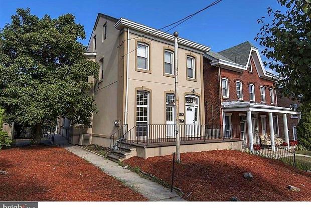 512 Dekalb Street - 512 Dekalb Street, Bridgeport, PA 19405