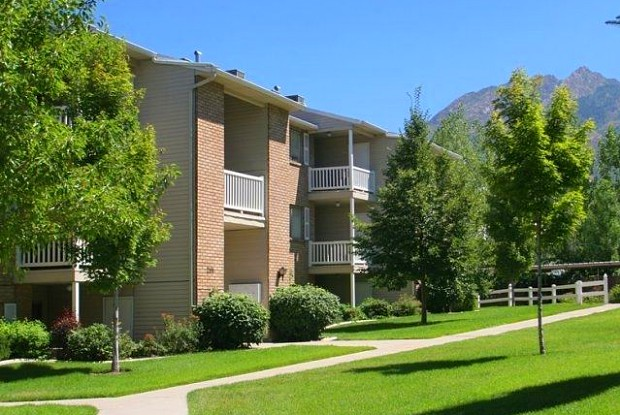 Highland Pointe - 2081 Nod Hill Rd, Cottonwood Heights, UT 84121
