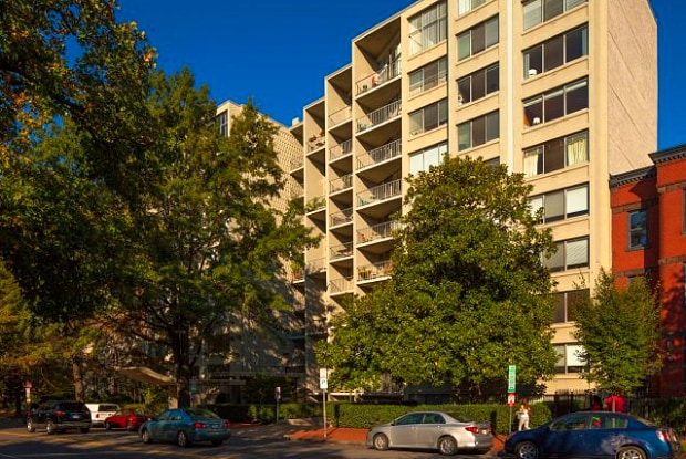 Newport West Apartments - 1415 Rhode Island Ave NW, Washington, DC 20005