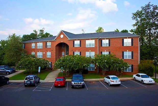 Heritage Apartments - 405 Thomas Burke Dr, Hillsborough, NC 27278