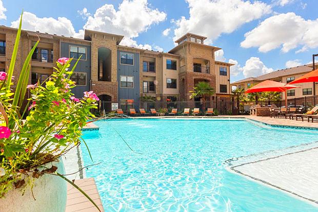Stratus Cinco Ranch - 6207 Katy Gaston Rd, Fort Bend County, TX 77494