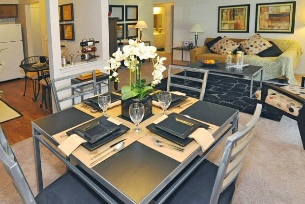 Mapletree Apartments - 28509 Franklin Rd, Southfield, MI 48034