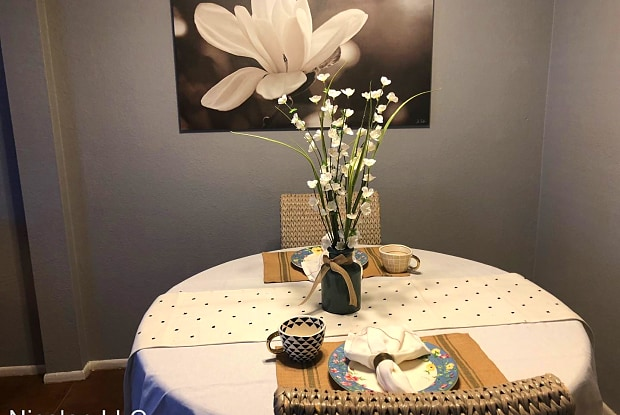 Horizons Apartments - 1510 N 48th St, Phoenix, AZ 85008
