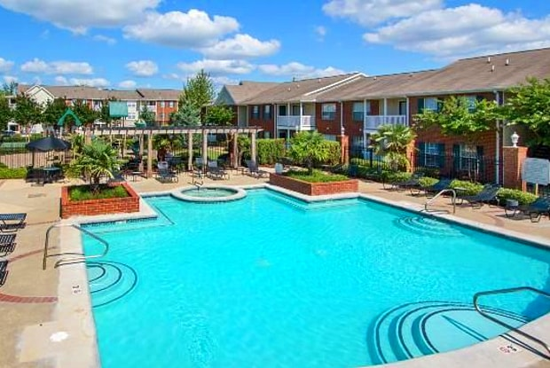 Bridgewater Apartments - 500 Avalon Way, Brandon, MS 39047
