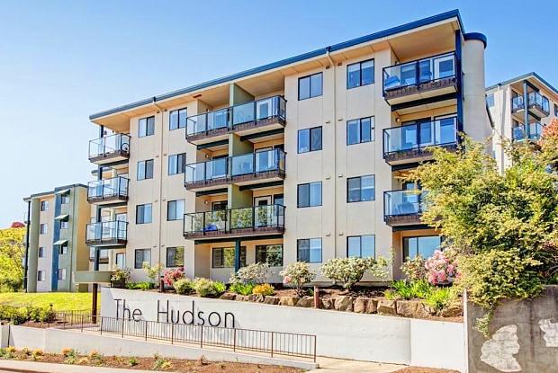 The Hudson - 2450 Aurora Ave N, Seattle, WA 98109