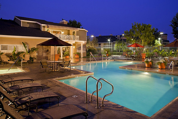 Aliso Creek - 24152 Hollyoak, Aliso Viejo, CA 92656