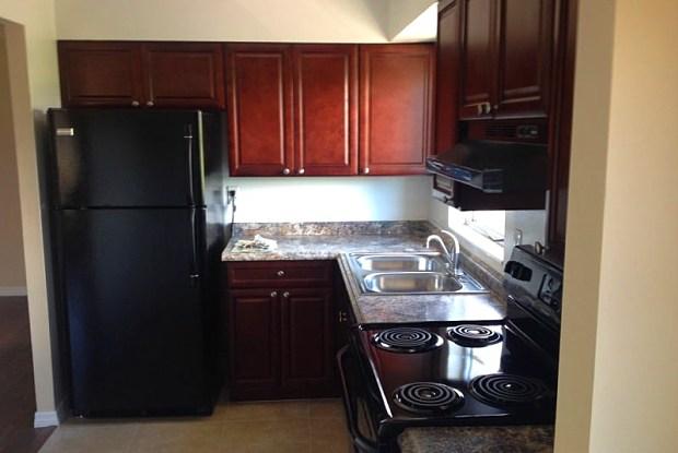 Oasis at Belmont Park - 4300 18th St E, Bradenton, FL 34203