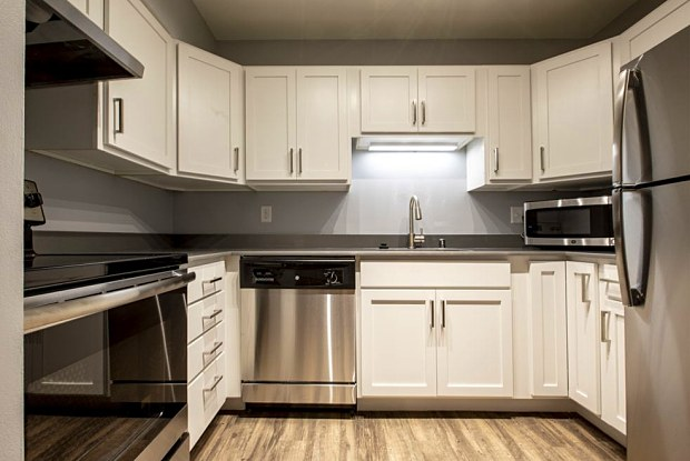 FIT Apartments - 515 E Grant St, Minneapolis, MN 55404