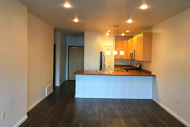 Axis at 739 Apartments - 739 S 300 W, Salt Lake City, UT 84101