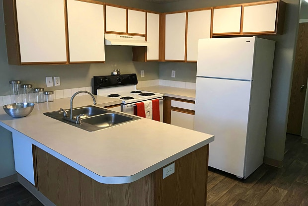Foxstar Apartments - 2525 Southeast 109th Avenue, Portland, OR 97266
