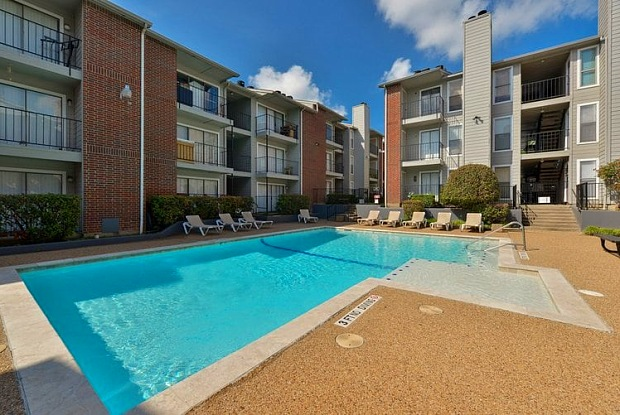 Bellevue Terrace - 7878 Marvin D Love Fwy, Dallas, TX 75237