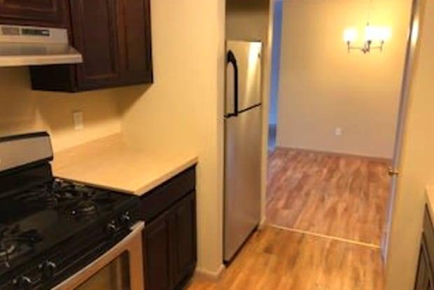 Regency Place Apartments - 40 Willard Street, Hartford, CT 06105