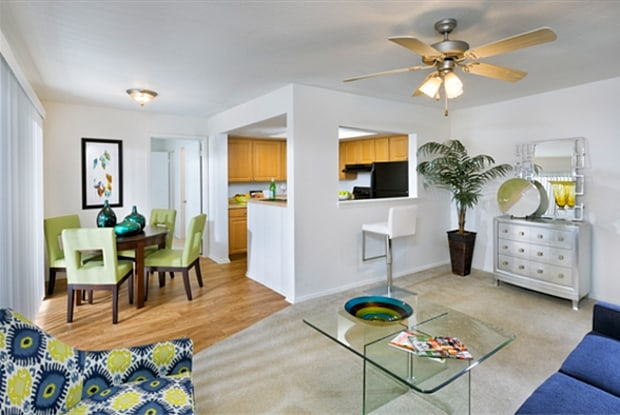 Infinity Westshore - 4800 S West Shore Blvd, Tampa, FL 33611