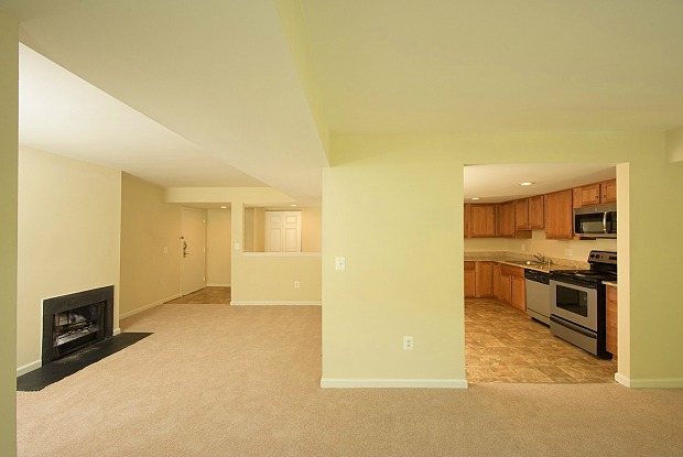 West Woods - 114 Hearne Ct, Annapolis, MD 21401